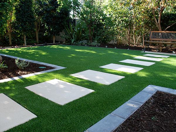 Afbeeldingsresultaat voor artificial grass garden