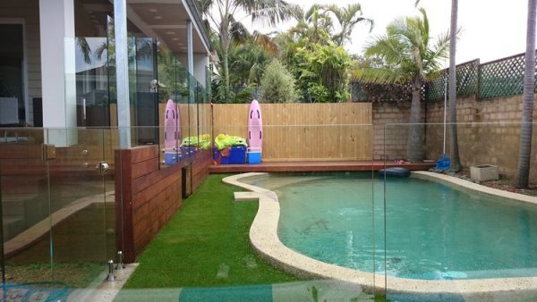 Artificial grass swimmingpool Freshwater Sydney