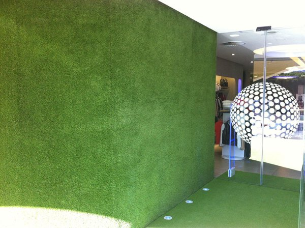 artificial grass wall and floor